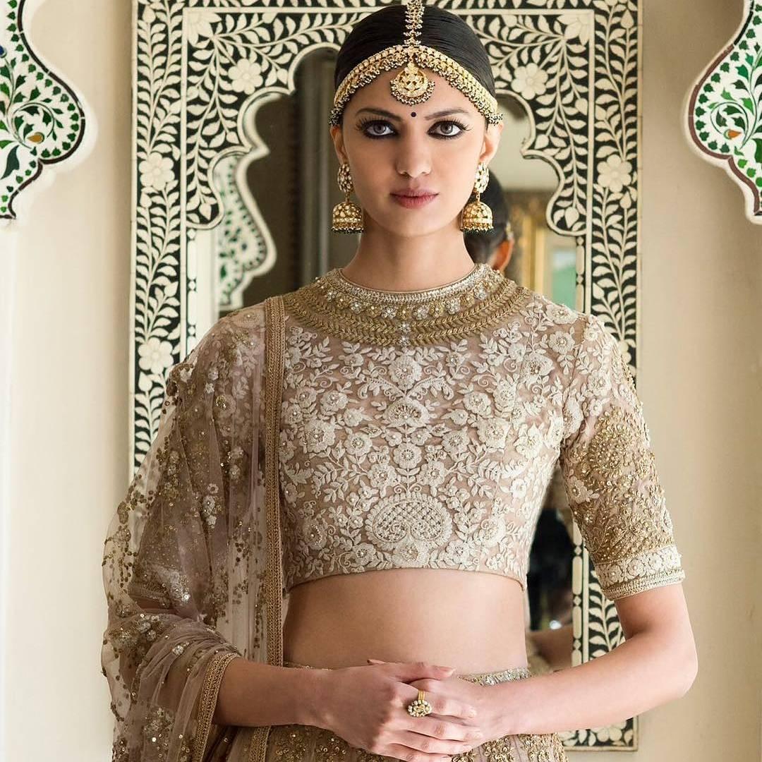 /home/nexhop/Downloads/Best Bridal Makeup Artists in Delhi