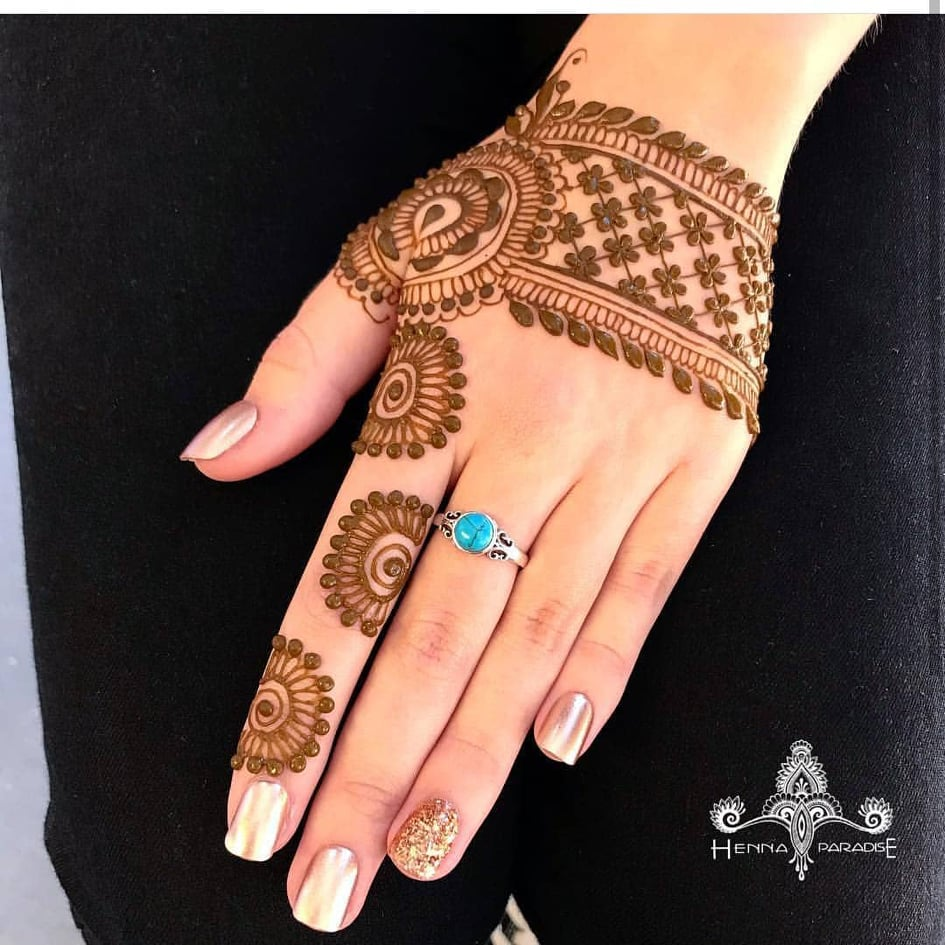mehndi design for fingers 2020